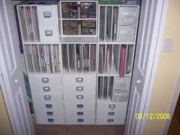 Bottom_of_closet_storage