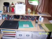 Top_of_workspace_and_hutch_view